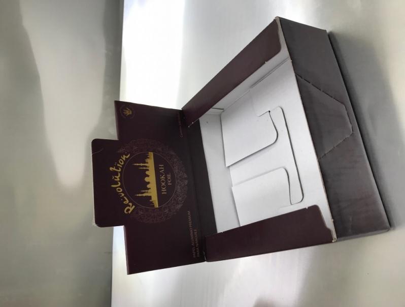 Empresas de Caixa de Embalagem Personalizada Tatuapé - Caixa Personalizada com Visor
