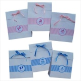 sacolas de papel para loja infantil